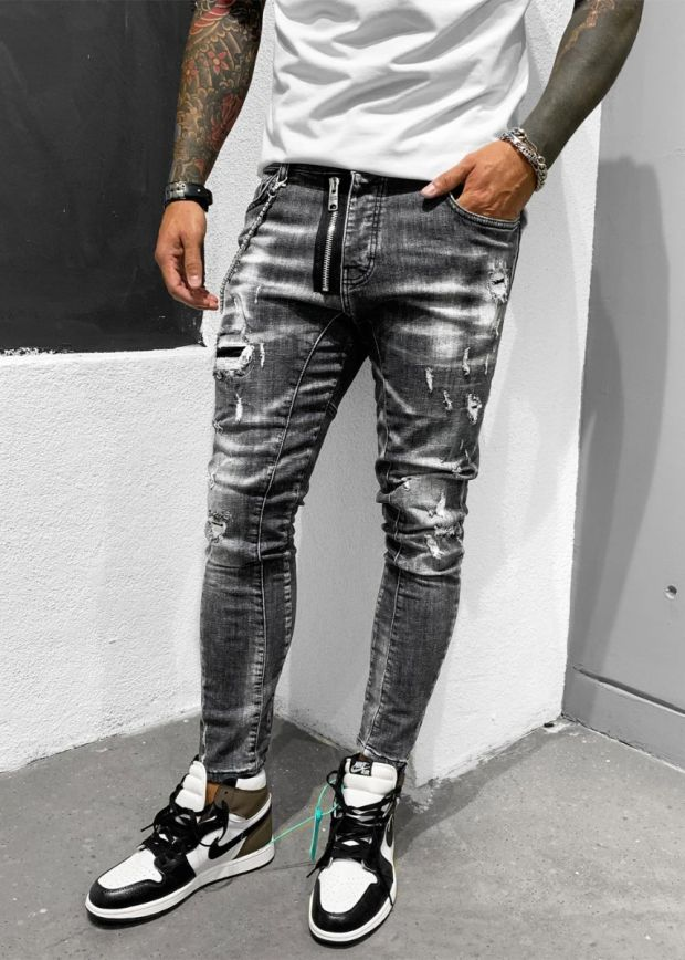 Ripped & Repaired Chained Heavy Jeans Black