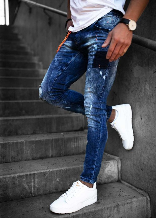 Heavy Distressed Chained Jeans Dark Blue